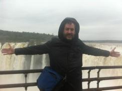 Jorge Bosch, enamorado de las Cataratas de Iguazú.
